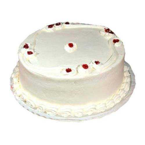 Garnished Vanilla Cake