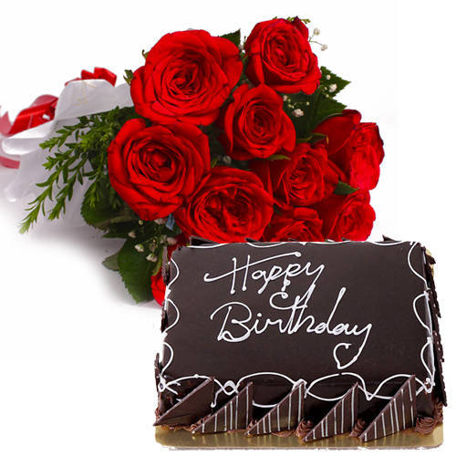 Pretty Red Roses Bunch with Eggless Chocolate Cake