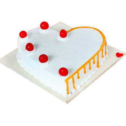 Special Vanilla Cake in Heart-Shape