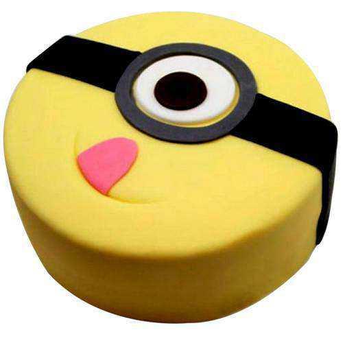 Minion Creamy Cake for Kid