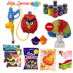 Sweetness in the Festive Mood of Holi Gift Hamper