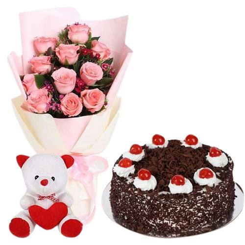 Cute Pink Roses with Cake n Teddy Bear