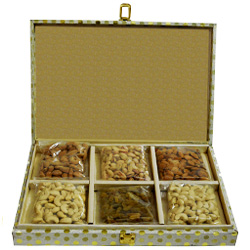 Delectable Dry Fruits Gift Pack