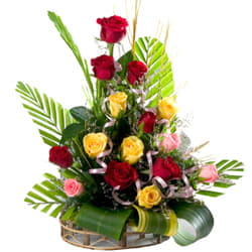 Ornamental 15 Varied Roses in a Beautiful Arrangement