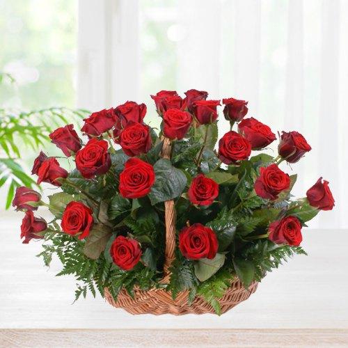 Magnificent Red Coloured Roses Arrangement in a Basket<br>