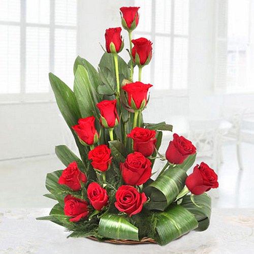 Unique Premium Arrangement of Red Coloured Roses