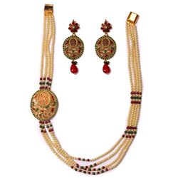 Graceful Long Necklace Set in Pearl Design