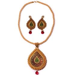 Smart Looking Gold Meenakari Design Necklace Set