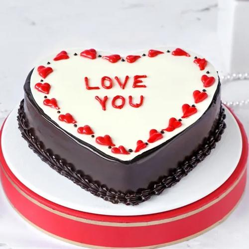 Breathtaking Heart Shape Chocolate Flavor Cake