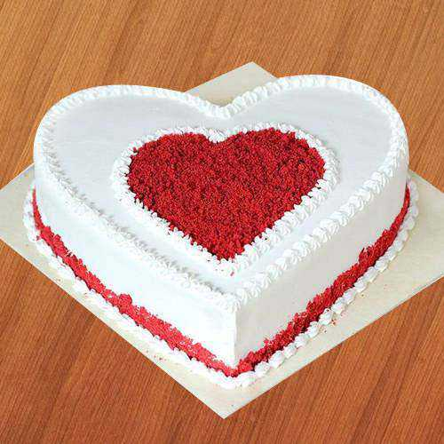 Enticing heart Shaped Love Cake