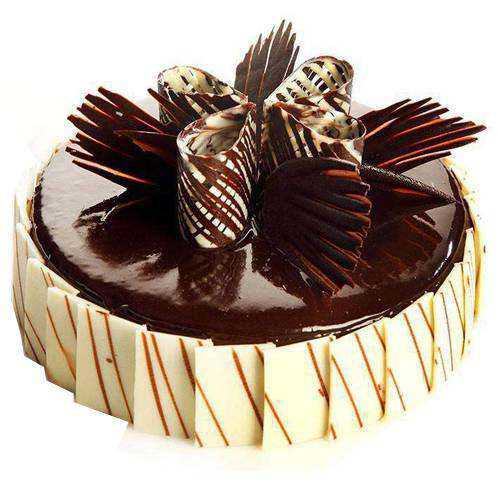 Sumptuous Chocolate Truffle Cake
