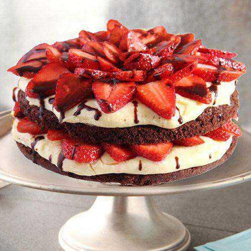 Blissful 2 Kg Strawberry Cake from 3/4 Star Bakery