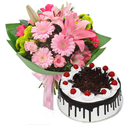 Assorted Flowers Bunch N Black Forest Cake Combo