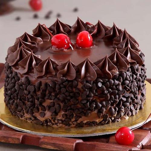 Marvelous Dark Choco-Chips Cake