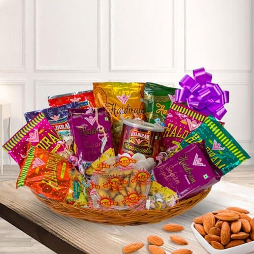 Special Haldirams Sweet n Sour Gift Hamper