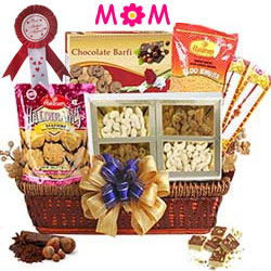 Premium Delight Gourmet Gift Basket