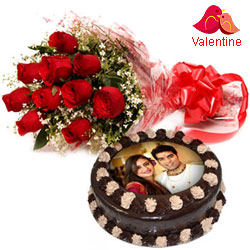 Luxurious Valentine Gift of Chocolate Photo Cake N Red Roses Bouquet