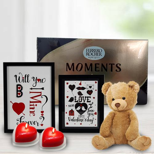 Fabulous Valentines Day Moments Gift Hamper