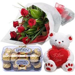 Luxury Ferrero Roacher with Fresh Rose Bouquet and Teddy