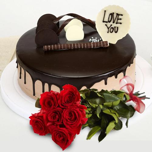 Remarkable Love You Chocolate Cake with Red Roses Posy