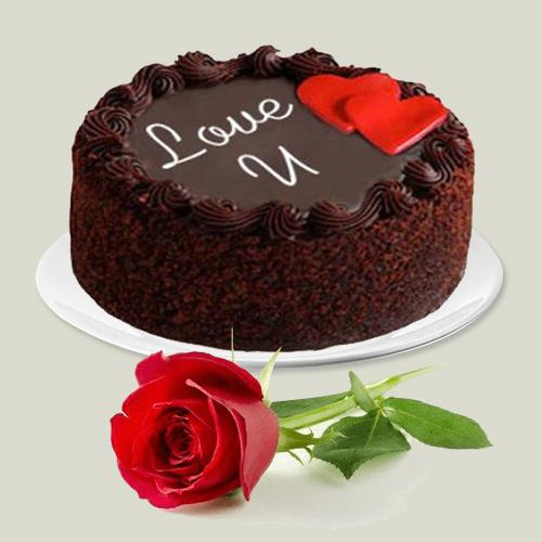 Finest Chocolate Mud Love Cake N Single Red Rose Combo