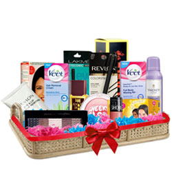 Exclusive Grooming Gift Hamper