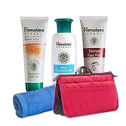 Stunning 3-in-1 Herbal Face Pack Hamper from Himalaya