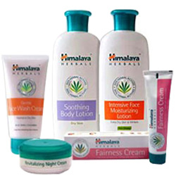 Exclusive Cosmetics Gift Hamper from Himalaya