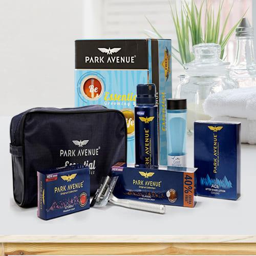 Essential Park Avenue Grooming Kit