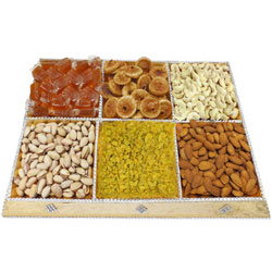 Taste�s Spell Dry Fruit and Toffee Combo