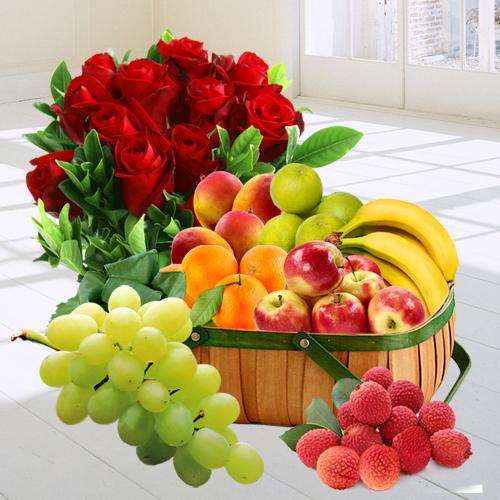 Bunch of Red Roses N Fresh Fruits Basket