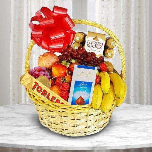 Delightful Basket of Fresh Fruits N Chocolates