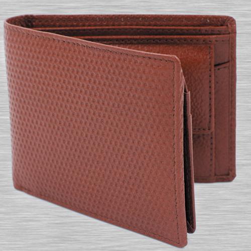 Remarkable Maroon Color Leather Wallet for Men