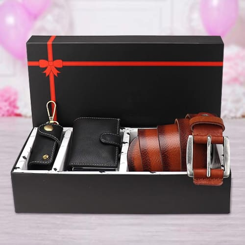 Wonderful Hide and Skin Mens Leather Card Wallet, Belt N Keychain