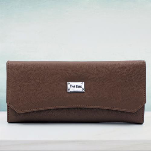 Glamorous Brown Color Leather Handbag for Her