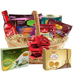 Captivating Holiday Bounty Basket of Breakfast Goodies