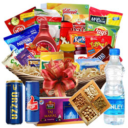 Entertaining Super Sweet Snacks Breakfast Gift Hamper