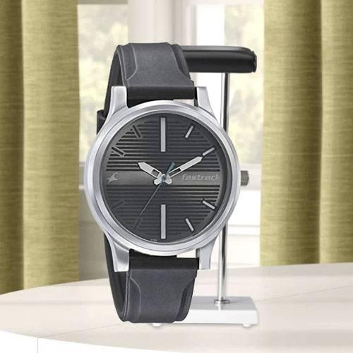 Exclusive Fastrack Fundamentals Analog Unisex Watch