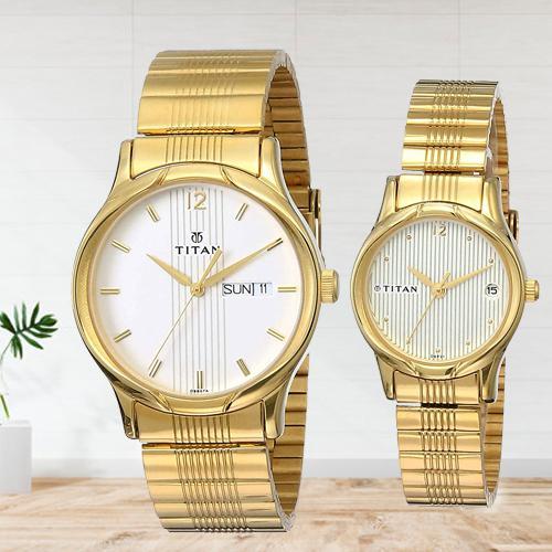 Marvelous Titan Bandhan Analog Champagne Dial Couple Watch